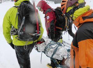 Primeros auxilios montaña invernal